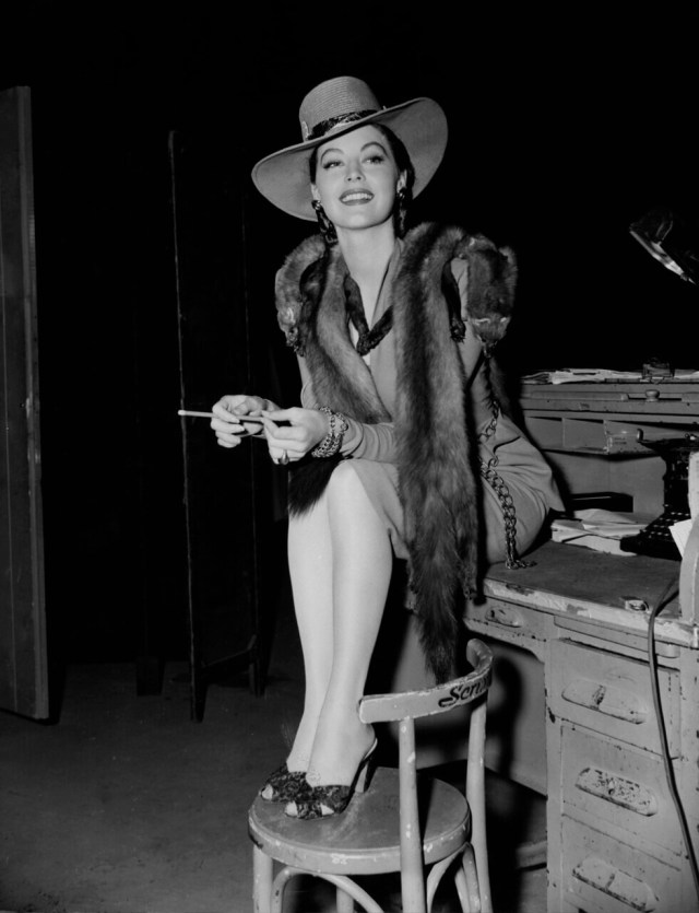 Ava-Gardner-awesome-cleavage