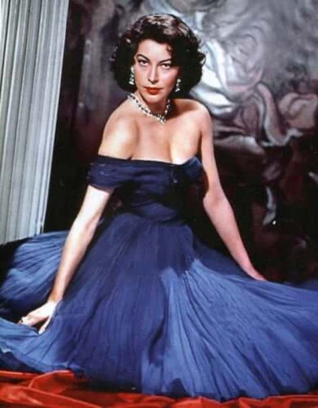 Ava Gardner awesome pic