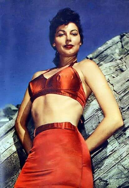 Ava Gardner sexy busty picture
