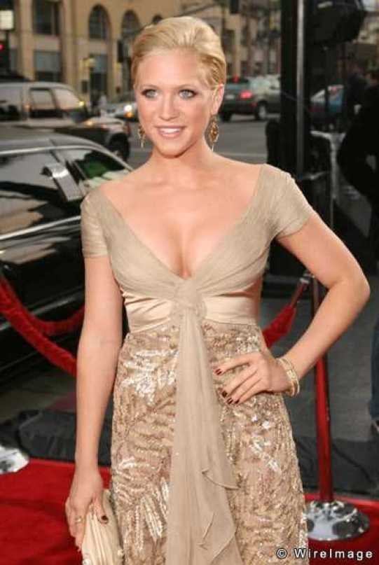 Brittany Snow big boobs pictures