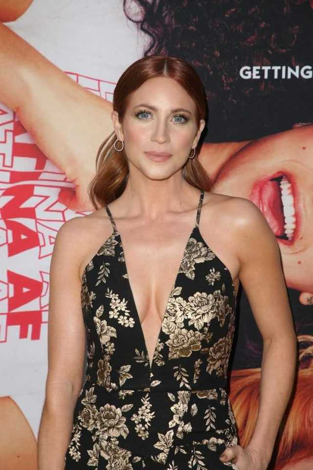 Brittany Snow sexy cleavage pictures