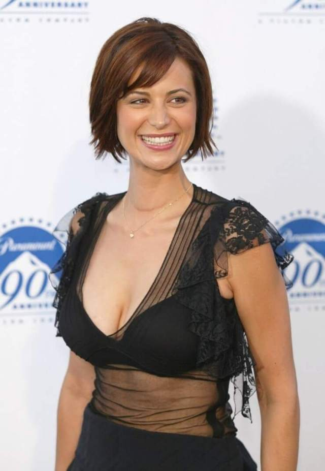 Catherine Bell hot side picture