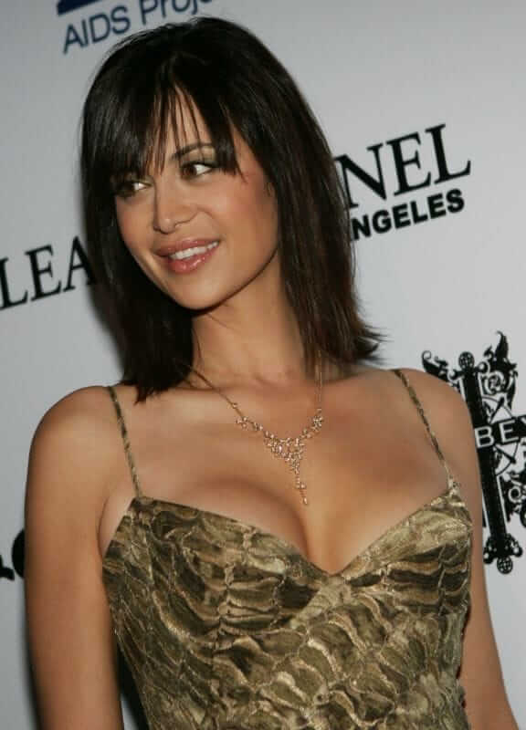 Catherine Bell sexy boobs picture