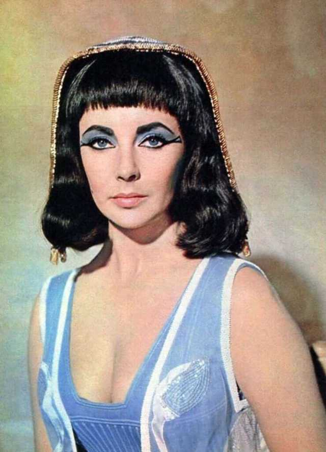 Elizabeth Taylor hot big boobs pictures