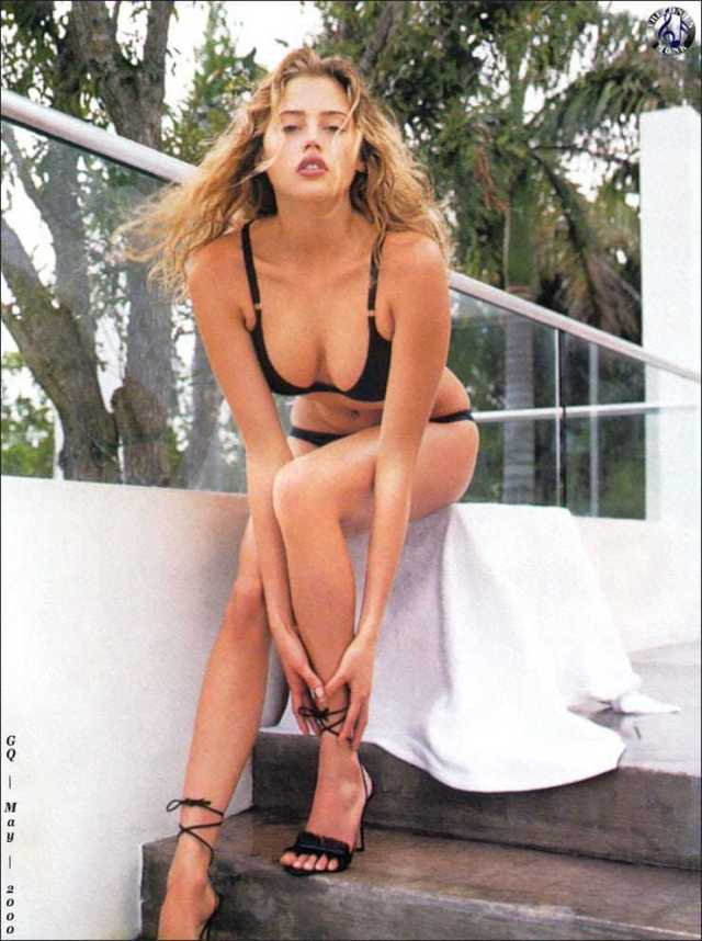 Estella Warren hot pics