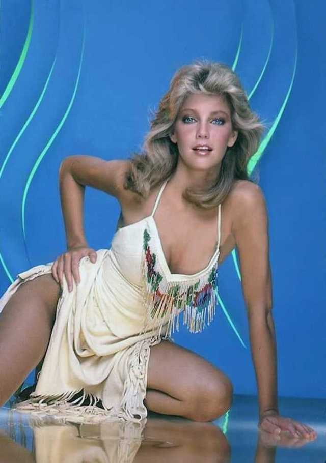 Heather Locklear hot boobs pictures (2)
