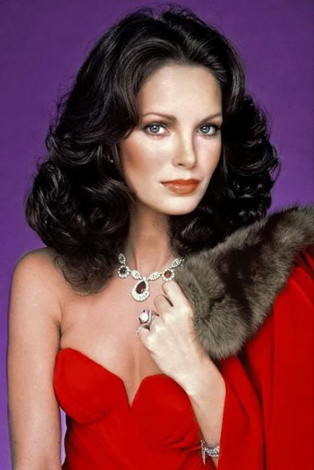 Jaclyn-Smith-sexy-and-hot-pic