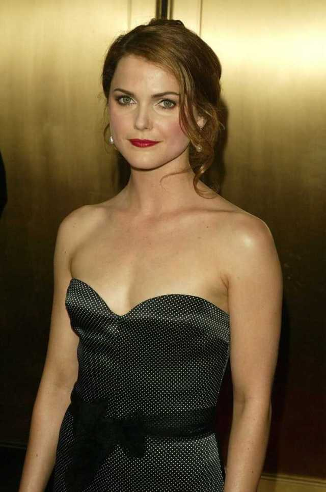 Keri Russell hot cleavage pictures