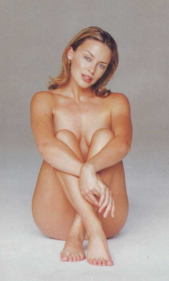 Kylie Minogue hot near nude pictures