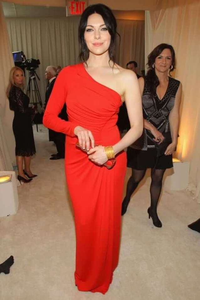 Laura Prepon sexy red dress pics