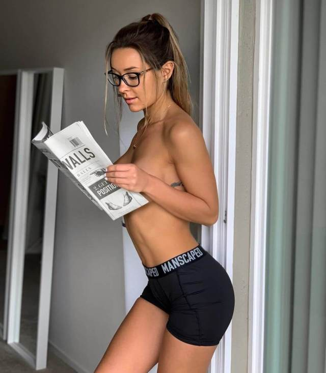 Nicky Gile hot nude pic