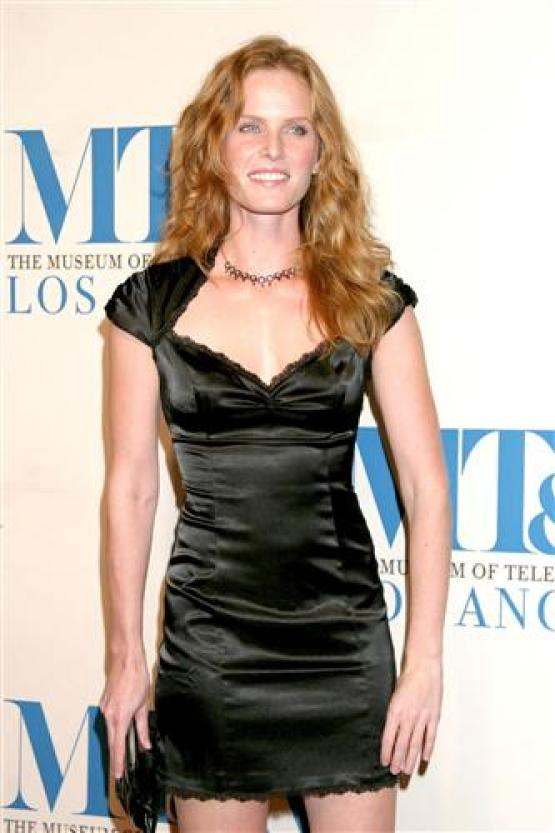 Rebecca Mader sexy image