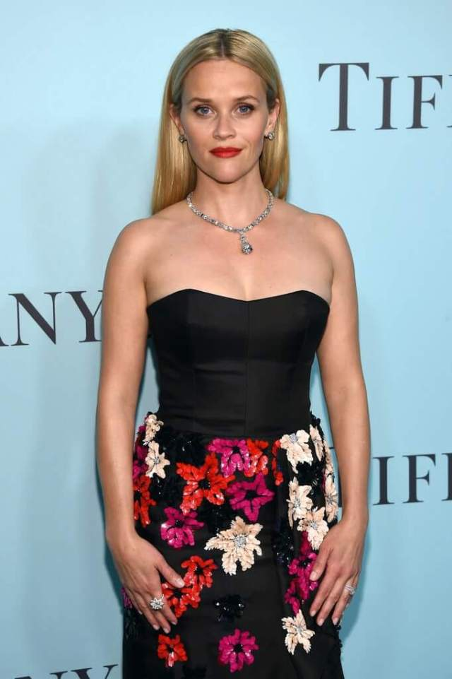 Reese Witherspoon sexy image