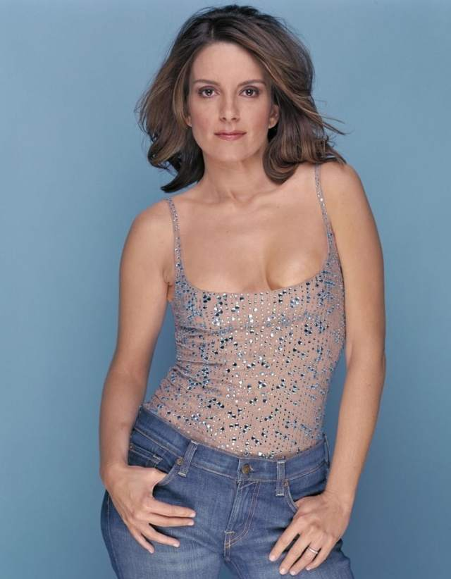 Tina Fey sexy busty picture