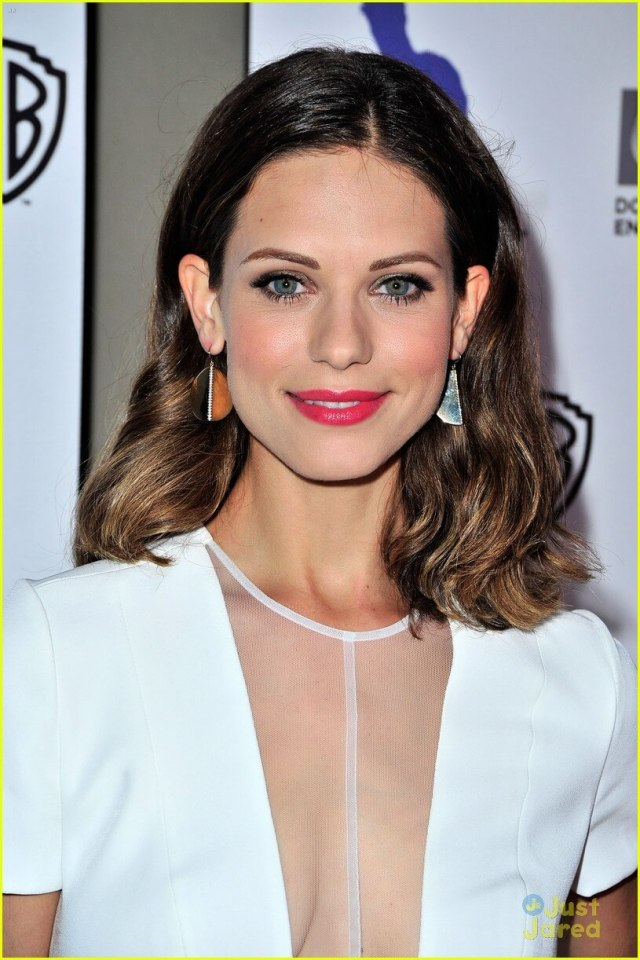 lyndsy-fonseca-sexy-cleavage