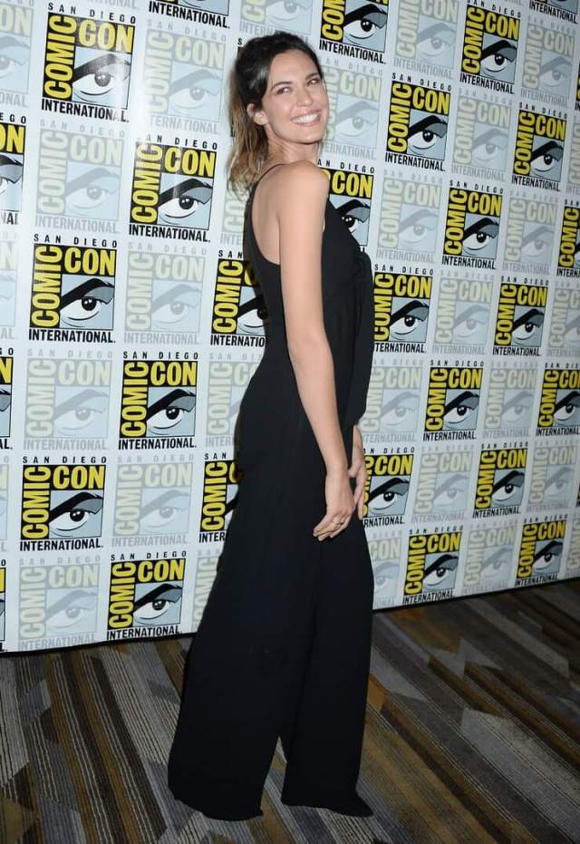 odette annable sexy pics