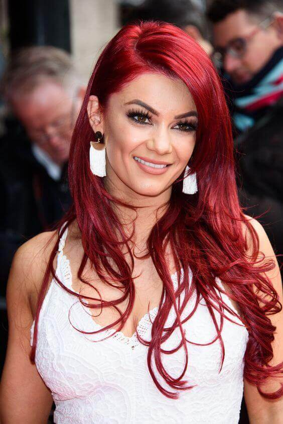 Dianne Buswell sexy busty pics