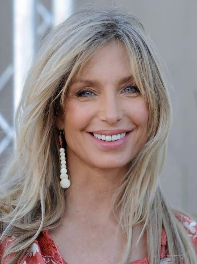 Heather Thomas smile (2)