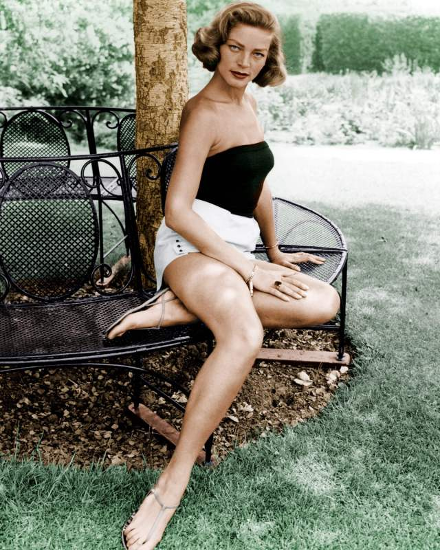 Lauren-Bacall-legs-awesome-pic