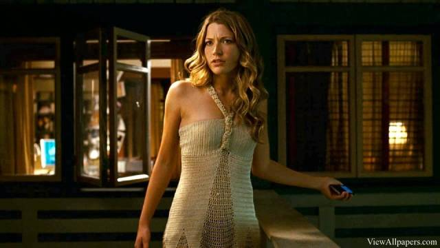 Sarah-Roemer-hot-white-dress-min