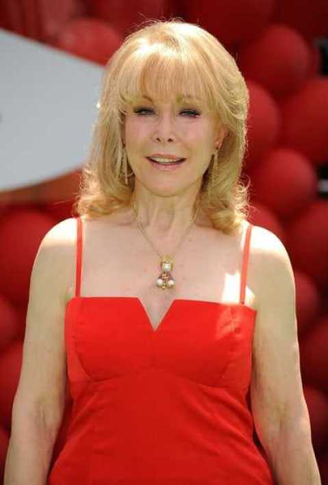 Barbara Eden hot (1)