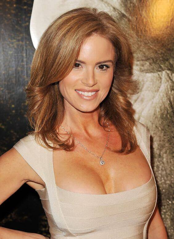 Betsy-Russell-hot-cleavages-2