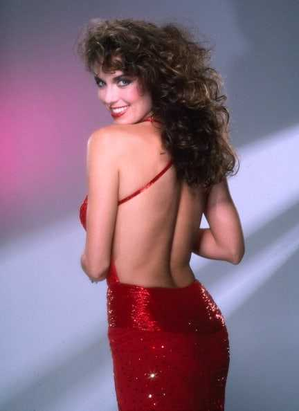 Catherine Bach butt hot pics