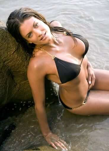 Eve-Torres-Sexy-Boobs-Pictures-in-Black-Bikini