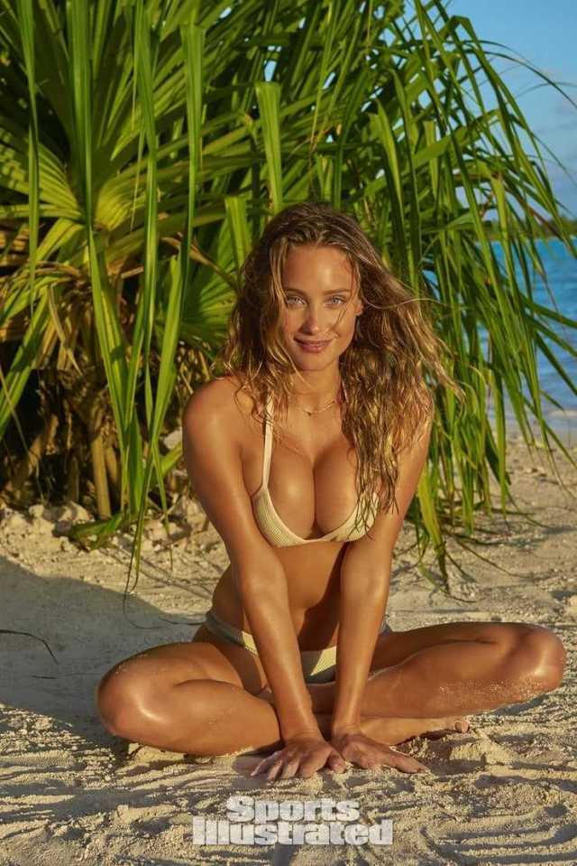 Hannah Jeter cleavage pic (2)