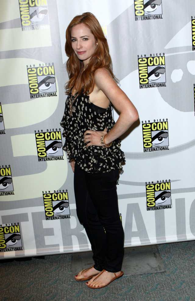 Jaime Ray Newman side pose