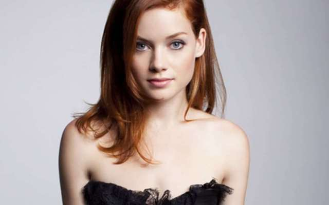 Jane Levy lovely