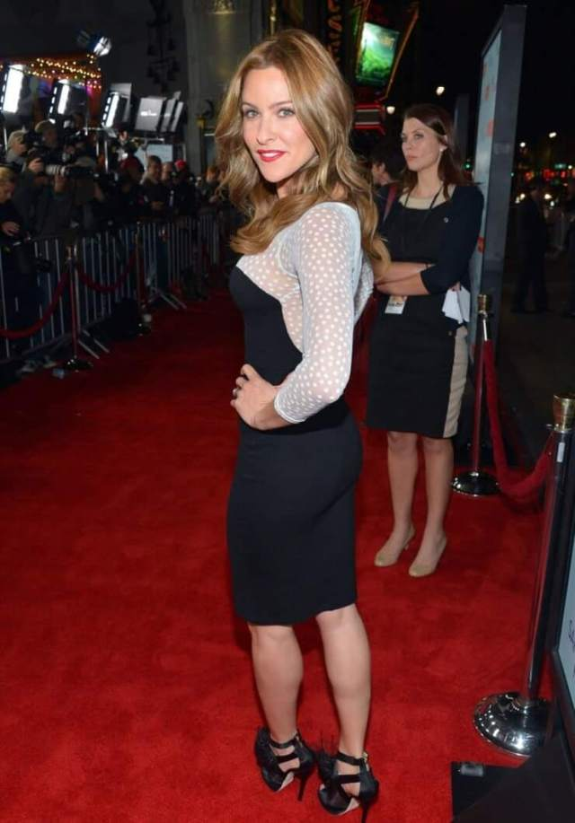 Jill Wagner big butt