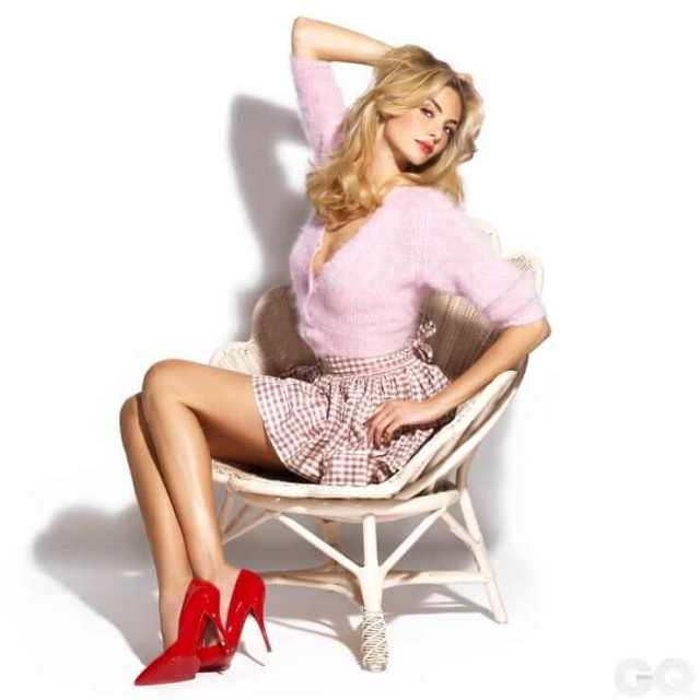 Tamsin-Egerton-awesome-pictures