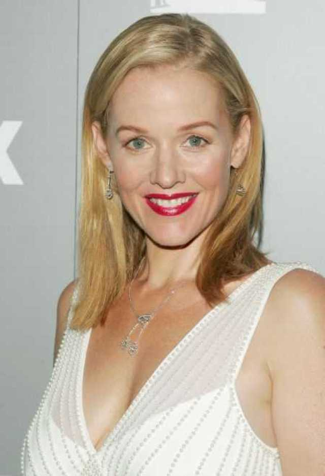 49 Hottest Penelope Ann Miller Big Butt Pictures Will