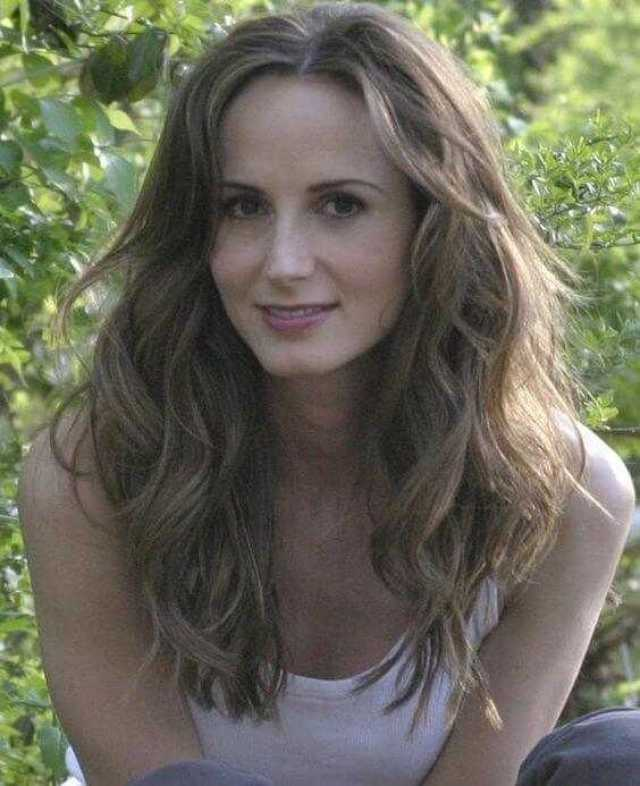Chely Wright topless
