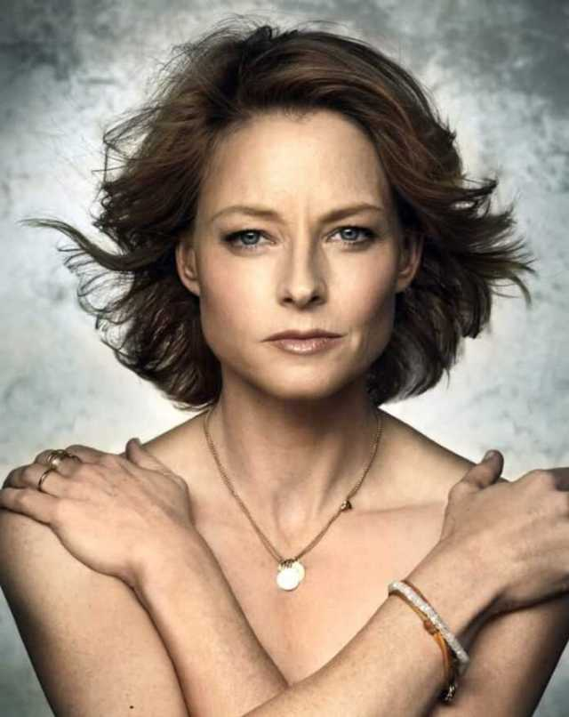 35 Sexy Gif Of Jodie Foster Which Will Cause You To