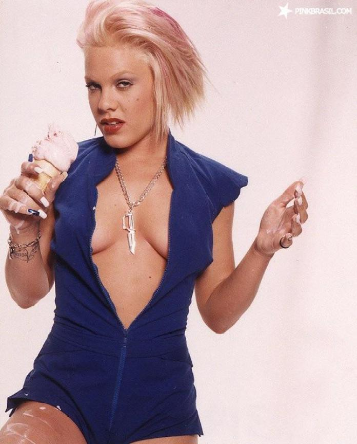 49 P!nk Nude Pictures Which Make Her A Work Of Art - Best