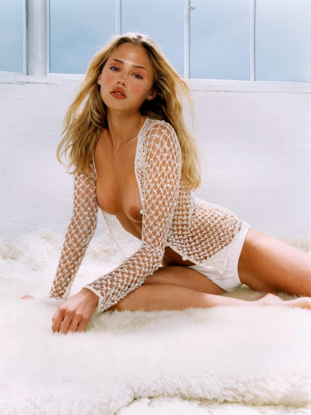 Estella Warren nipples