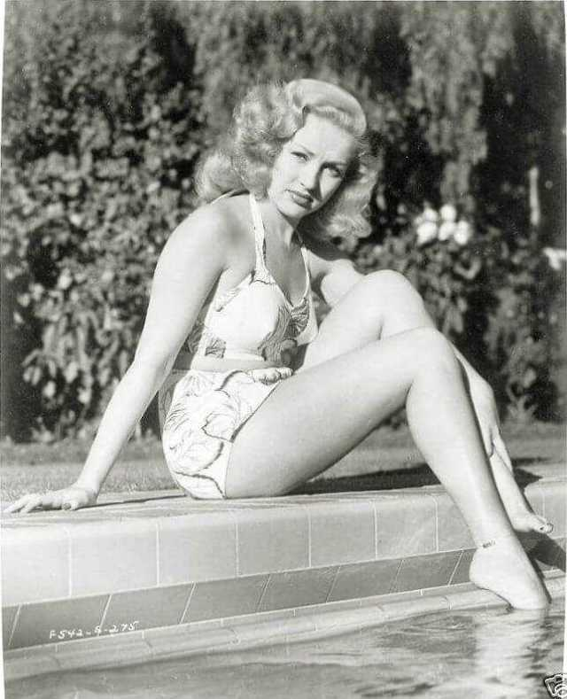 Betty Grable hot