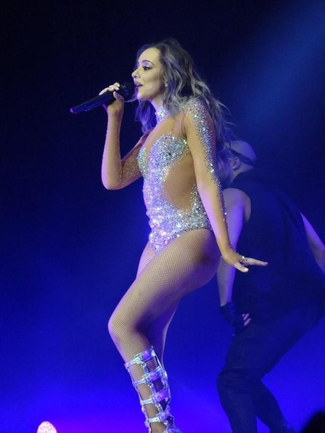 Jade Thirlwall sexy ass pictures