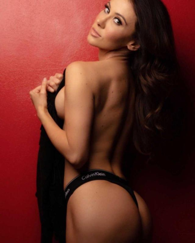 Jenn Sterger big ass pics