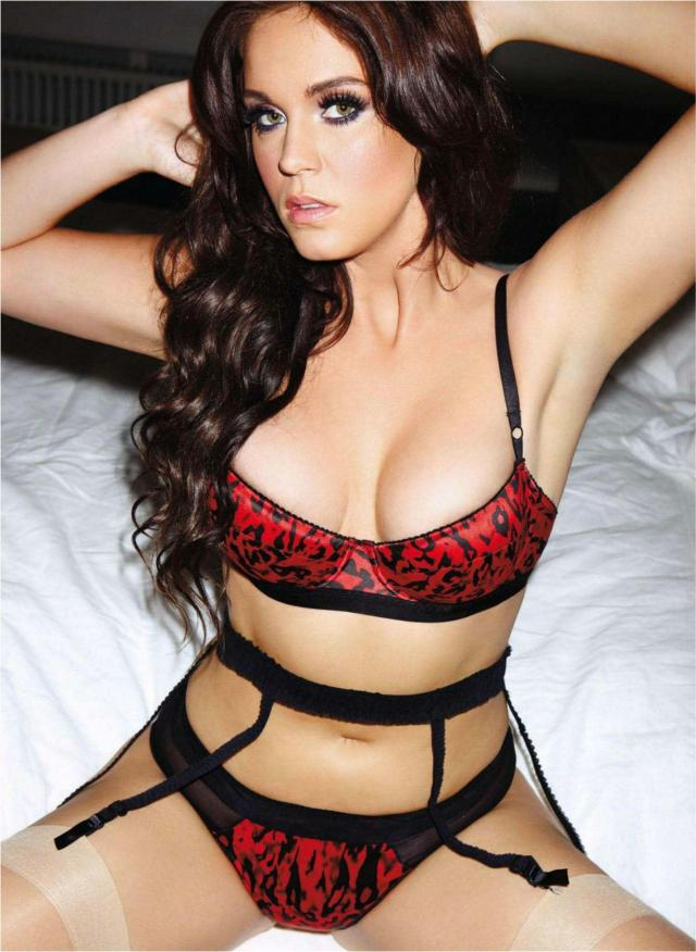 Polly Parsons sexy look pics
