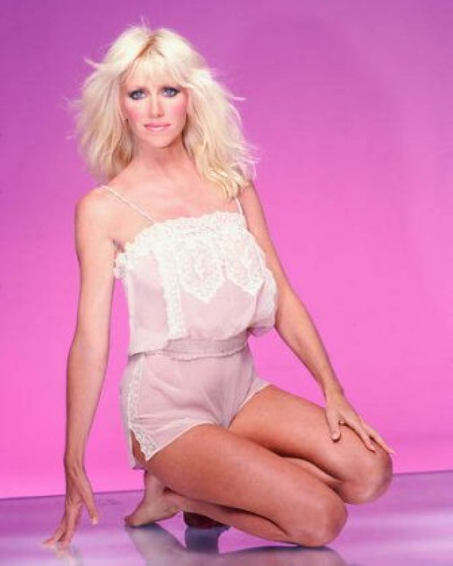 Suzanne Somers hot