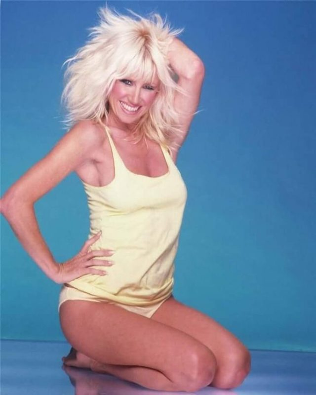 Suzanne Somers smile pics