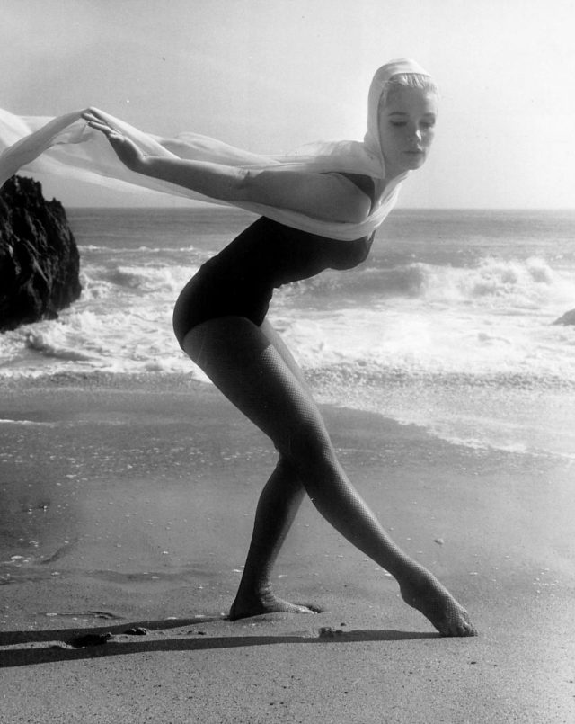 Yvette Mimieux sexy