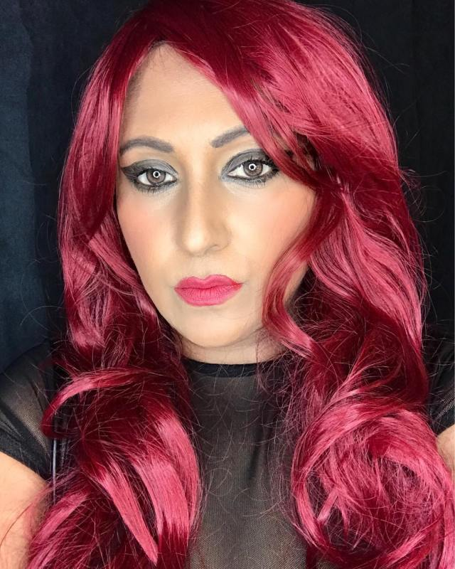 elena khan red hair