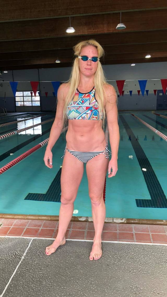 Holly Holm hot look