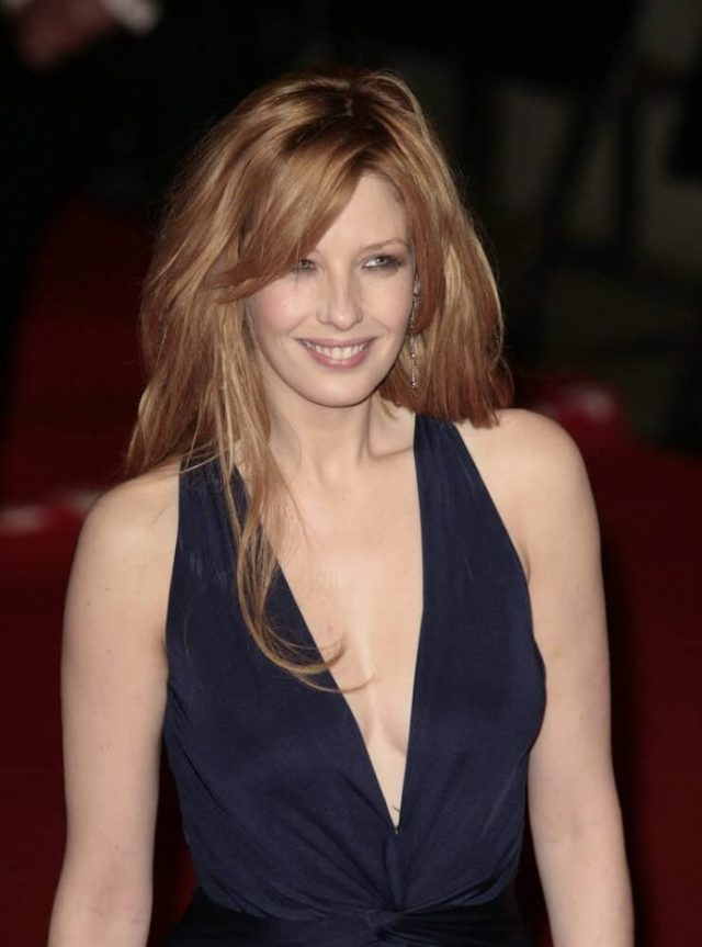 Kelly Reilly sexy looks
