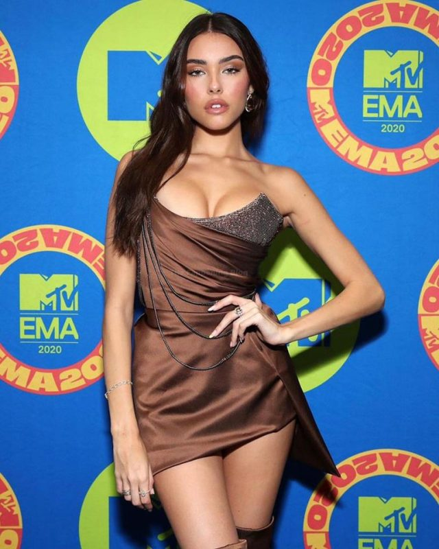 Madison Beer Madison Beer sculpted figure