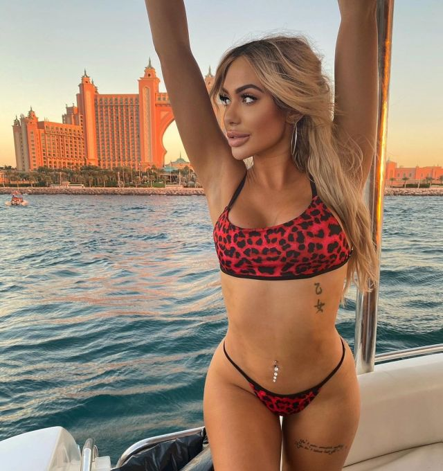 Chloe Ferry pretty curves